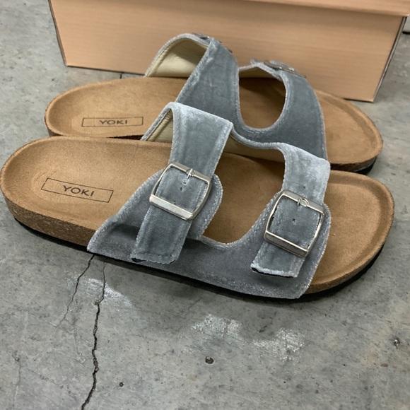 83f025271 NEW YOKI Velvet Grey Buckle Sandals